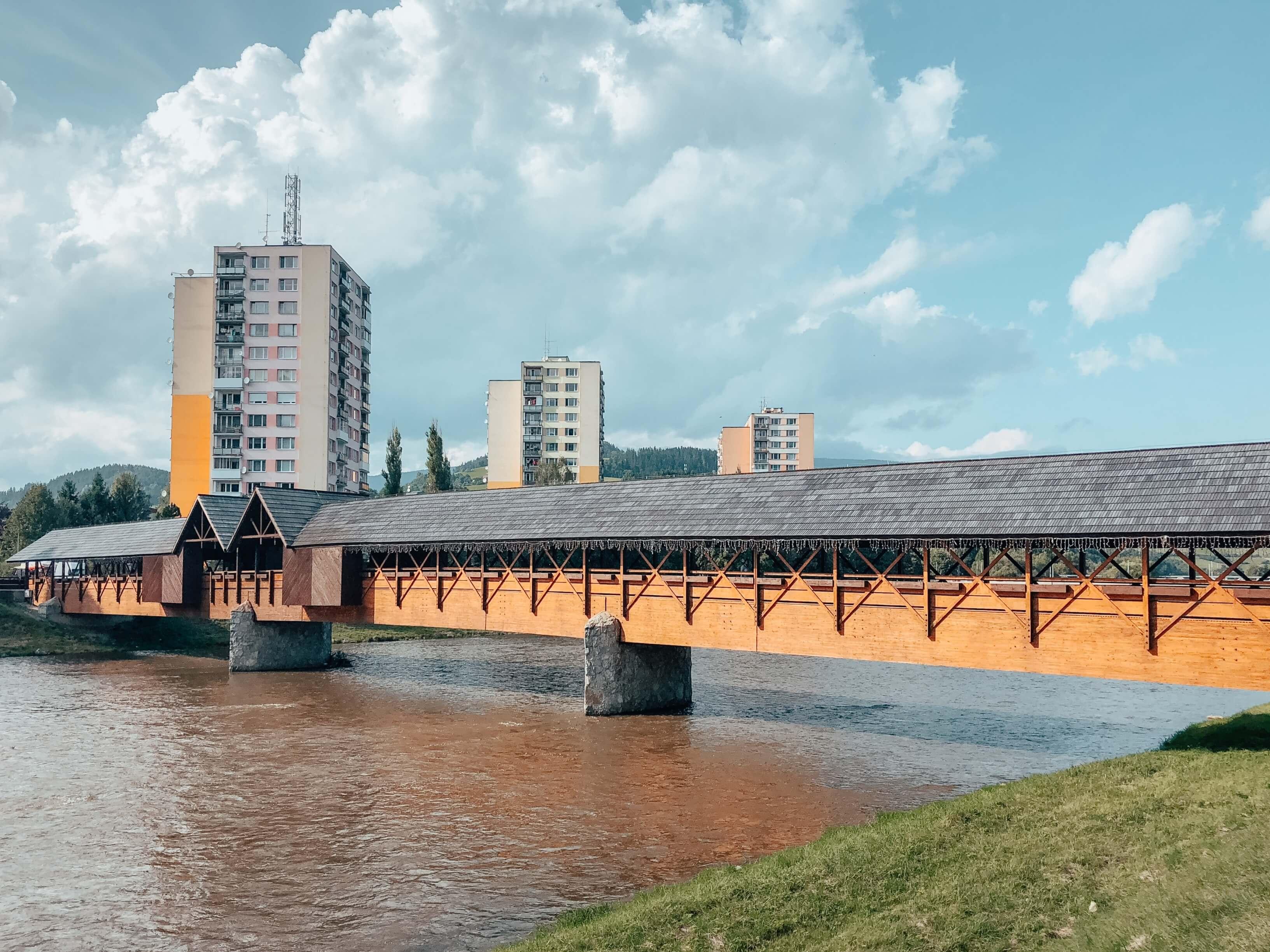 kolonádový most
